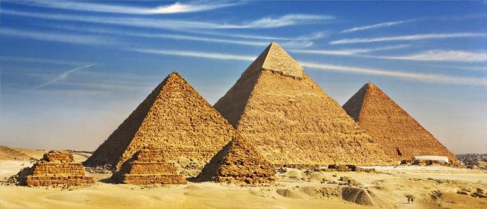 Pyramiden von Gizeh, nahe Kairo, Ägypten