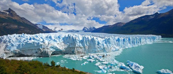 Der große Perito Moreno Gletscher in Argentinien