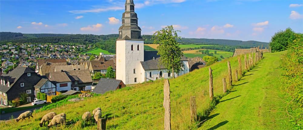 Sauerland Karte Berge.Sauerland Das Land Der Tausend Berge Travelmyne De