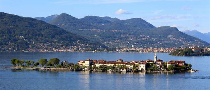 Lago Maggiore Karte Mit Orten.Lago Maggiore Mediterranes Flair Im Norden Italiens Travelmyne De