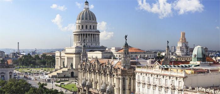 Capitolio und das große Theater von Havanna in Kuba