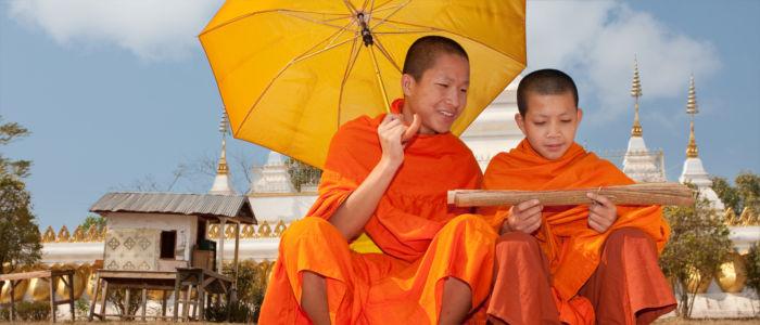 Buddhistische Mönche in Laos
