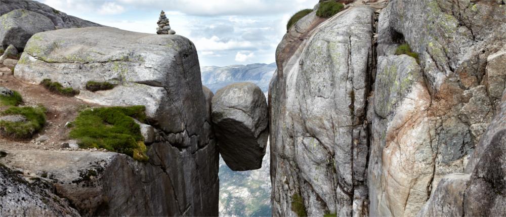Norwegen Felsen Eingeklemmt