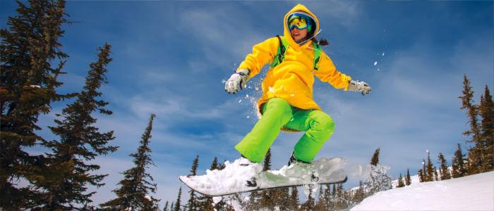 Wintersport, Snowboarden und Skifahren in Russland