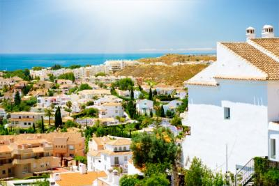 Weißes Dorf an der Costa del Sol