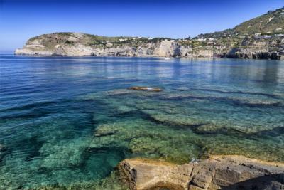 Küste von Ischia