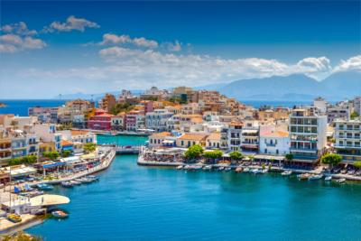 Ein Hafen in Kreta