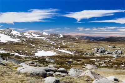 Landschaft der Snowy Mountains