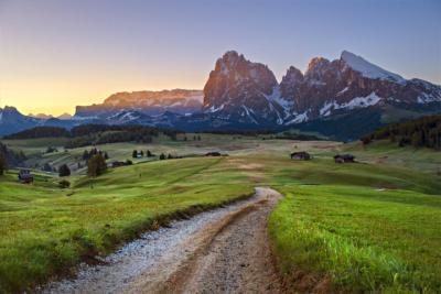 Bekannte Berglandschaft in Trentino-Südtirol